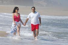 Free Lovely Romantic Couple Royalty Free Stock Photos - 20295288