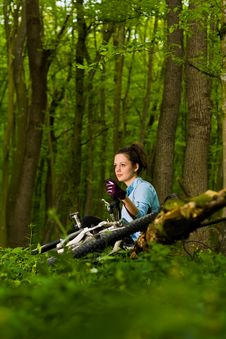 Free Relaxing In The Woods Royalty Free Stock Images - 20296079