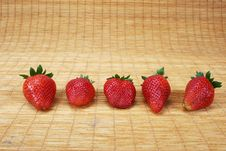 Free Strawberries Royalty Free Stock Images - 2030119