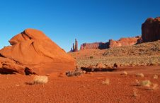 Free Monument Valley Navajo Tribal Park Royalty Free Stock Images - 2031709