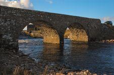 Free Stone Bridge Royalty Free Stock Photo - 2033365
