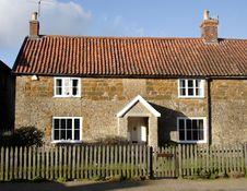 Free English Village Cottage Royalty Free Stock Photos - 2036028