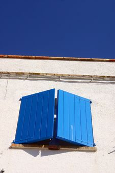 Free Blue Window2 Royalty Free Stock Photography - 2039157