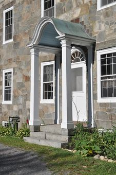 Free Side Door At Historic Hearthside House Stock Images - 20300914
