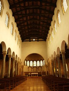 Free San Giovanni Evangelista, Ravenna, Italy Royalty Free Stock Photo - 20303045