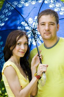 Free Husband And Wife Under Umbrella Stock Image - 20303341