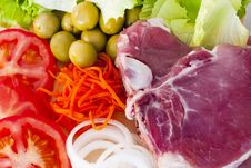 Free Raw Beef Fillet With Vegetables Stock Photos - 20306753