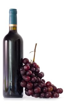 Bottle Of Wine With Grapes Royalty Free Stock Image