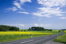 Free Wind Turbines Royalty Free Stock Photography - 20307657