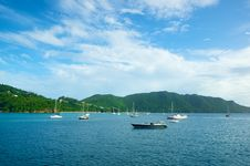 Free Bay Of Floating Boats Stock Photography - 20309452