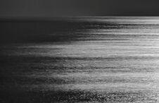 Free Mondlicht über Dem Atlaantik Stock Photo - 203043580