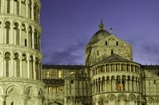 Free Duomo In Pisa By Nignt, Architectural Detail Stock Photo - 20311170