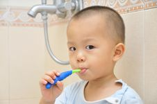 Free Baby Brush Teeth Stock Photos - 20312213