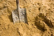 Free Sand Spade Royalty Free Stock Photography - 20315047