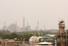 Free Gas Refineries Plants Royalty Free Stock Photo - 20317055