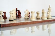 Free Chess Pieces On Wood Board Royalty Free Stock Photography - 20317257
