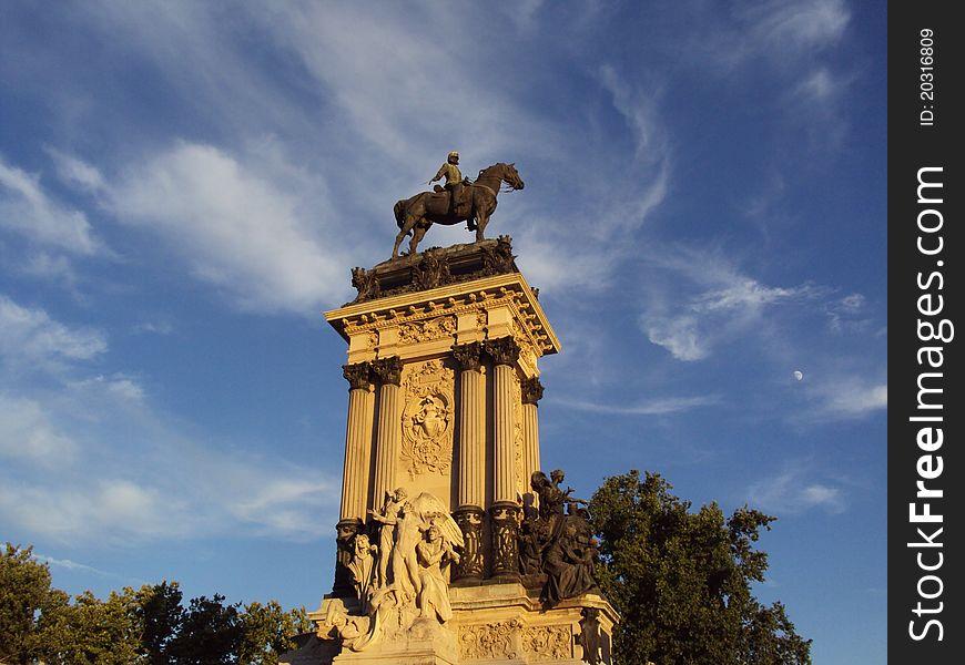 Parque del Retiro. Monument to Alfonso XII