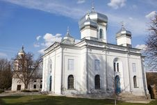 Free White Church Royalty Free Stock Photo - 20321015