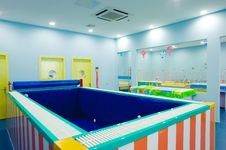 Free Baby Swimming Pool Stock Images - 20321914