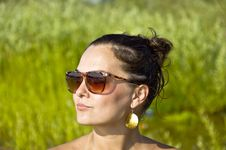 Free Girl In Sunglasses On The Beach Stock Images - 20323314