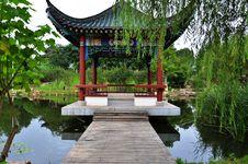 Free Chinese Garden Royalty Free Stock Photo - 20324125