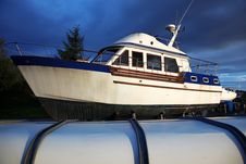 Free Little Yacht Royalty Free Stock Photography - 20324727