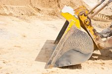 Free Tractor Lifting Sand Stock Photography - 20328612