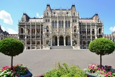 Free Budapest Parliament In Hungary Stock Photos - 20330693
