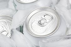 Free A Group Of Soda Cans Royalty Free Stock Images - 20332019