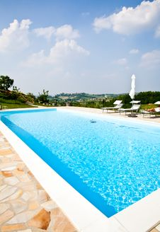 Free Hotel Swimming Pool Stock Photo - 20332640