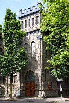 Free Lutheran Church Corner Entrance, Portland OR. Stock Photo - 20333830