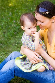 Free Happy Mom With Her Child Stock Photos - 20337463