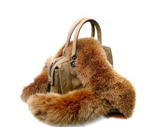 Free Brown Womens Bag With Fur Stock Photography - 20342202
