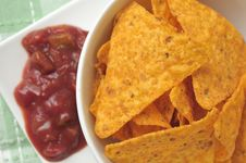 Free Tortilla Chips With Salsa Royalty Free Stock Photography - 20343067