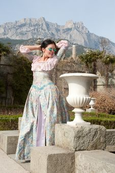 Free Woman In Classical Dress Stock Images - 20346274