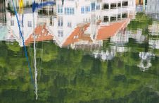 Free Reflections At Bryggen Royalty Free Stock Image - 20346616