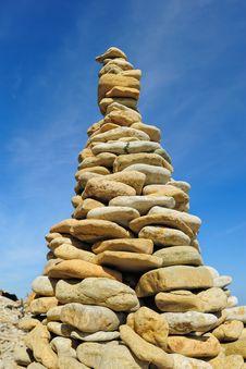 Free Stone Pyramid Stock Photo - 20346910