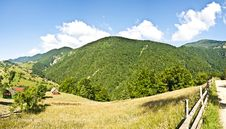 Free Panorama Background In Carpathians. Royalty Free Stock Photos - 20348618