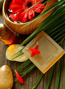 Free Spa Composition Of Soap, Stones And Flowers Royalty Free Stock Photography - 20349537