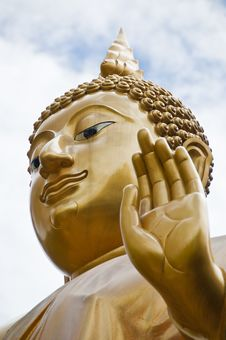 Free Golden Buddha In Northern Thailand Stock Photos - 20352653
