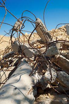 Free Ruined Pillar Royalty Free Stock Photo - 20354065
