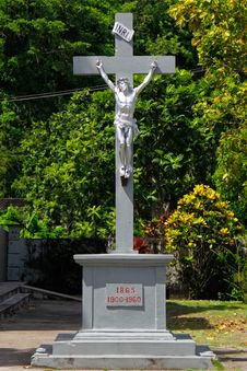 Free Caribbean Cross And Crucifixion Royalty Free Stock Image - 20357026