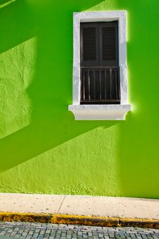 Free Historic Old San Juan Green Wall Shuttered Window Stock Image - 20357071