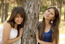 Free Two Happy Sisters At The Park Royalty Free Stock Images - 20357879