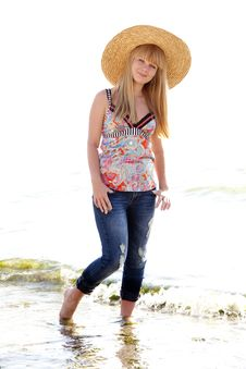 Free Beautiful Girl In Hat At Beach Stock Photography - 20357982