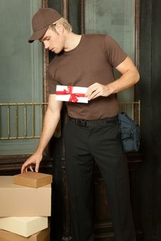 Deliveryman Royalty Free Stock Photos
