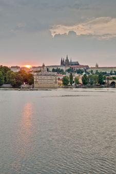 Free Prague Castle Over Vltava River Royalty Free Stock Image - 20360376