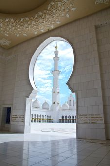 Free Sheikh Zayed Mosque In Abu Dhabi City Royalty Free Stock Images - 20364369