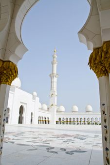 Free Sheikh Zayed Mosque In Abu Dhabi City Royalty Free Stock Photo - 20364715