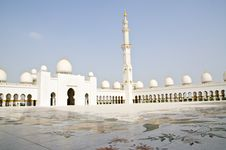 Free Sheikh Zayed Mosque In Abu Dhabi City Royalty Free Stock Photo - 20364835